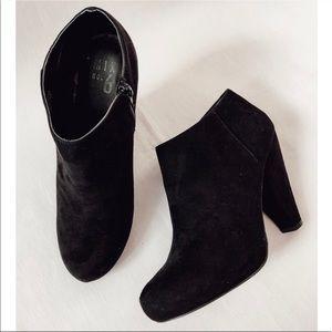 Mix No. 6 Creek Black Suede Ankle Booties Heels 9